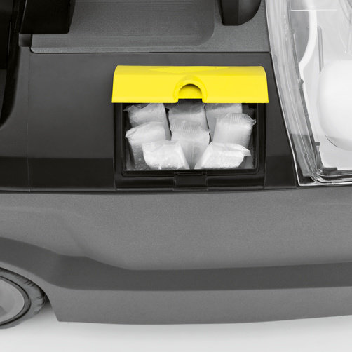 Storage compartment for cleaning agent tablets