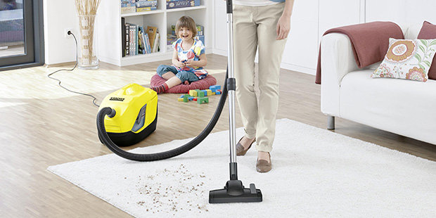 Water filter vacuum cleaners